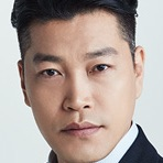 Suits (Korean Drama)-Choi Gwi-Hwa.jpg