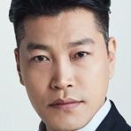 Suits (Korean Drama)-Choi Gwi-Hwa.jpg