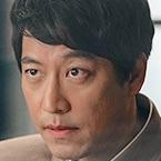 CLOY-TVN-Oh Man-Seok.jpg