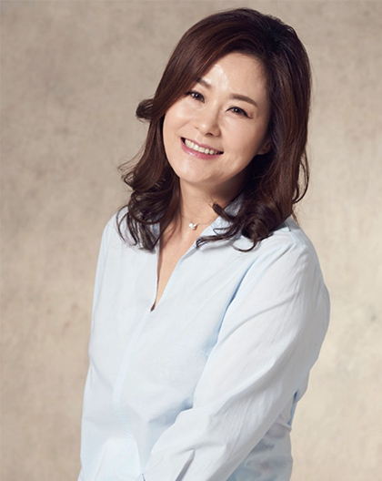 Lee Hwa-Young-P2.jpg