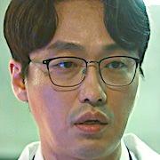 LUCA-Beginning-Bae Ho-Geun.jpg