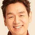 Romance is a Bonus Book-Kim Tae-Woo.jpg