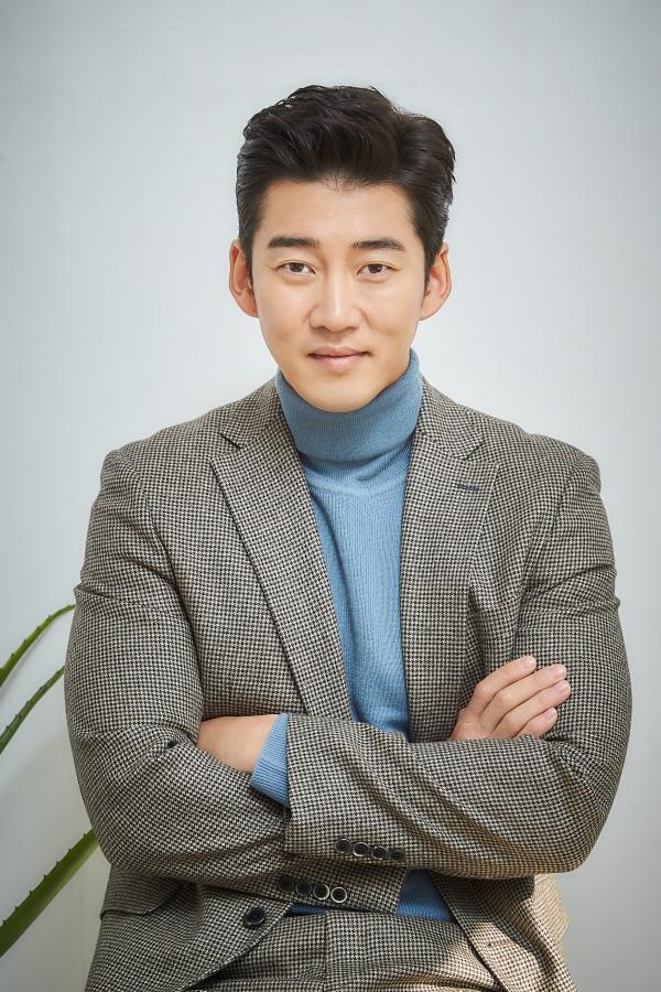 Yoon Kye-Sang - AsianWiki