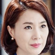 Divorce Lawyer in Love-Hwang Young-Hee.jpg