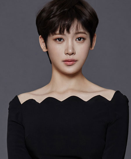 Hong Seo-Young-p1.jpg