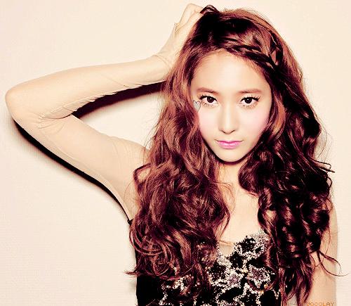 Krystal (Jung Soo-Jung) - AsianWiki