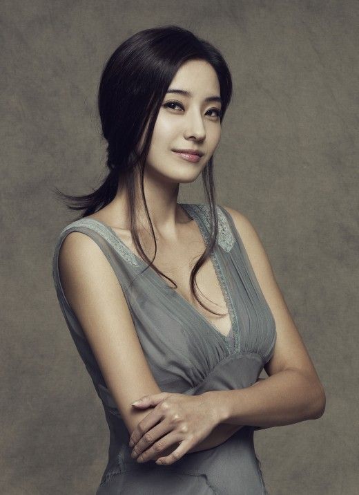 Han Chae-Young-p3.jpg