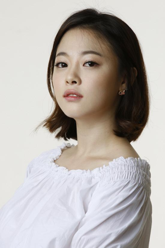 Min Ji-Hyun - AsianWiki
