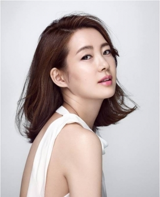 Lee Yo-Won-p1.jpg