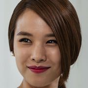 The Con Artists-Jo Yoon-Hee.jpg