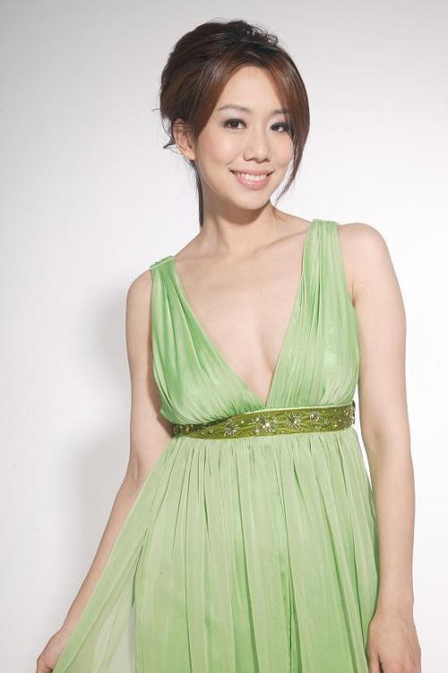 Annie Wu Nude Photos 25