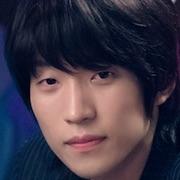 O terceiro charme-Lee Sang-Yi.jpg
