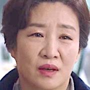 Shin Hye-Kyung