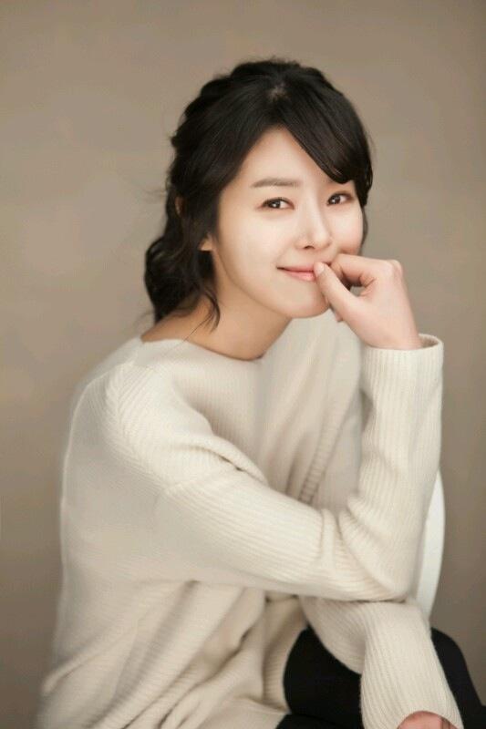 Min Ji-A - AsianWiki