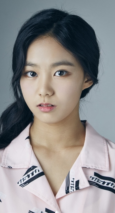 Lee Seo-Yeon (actress)-p1.jpg