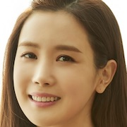 Good Witch-Lee Da-Hae.jpg