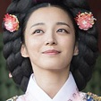 Queen For Seven Days-Song Ji-In1.jpg