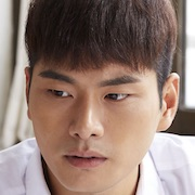 Wretches-Lee Yi-Kyung.jpg