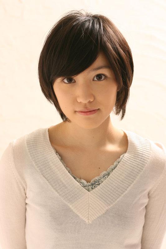 [Resim: Eri_Tokunaga-p1.jpg]