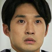 Juror 8-Ryu Deok-Hwan.jpg