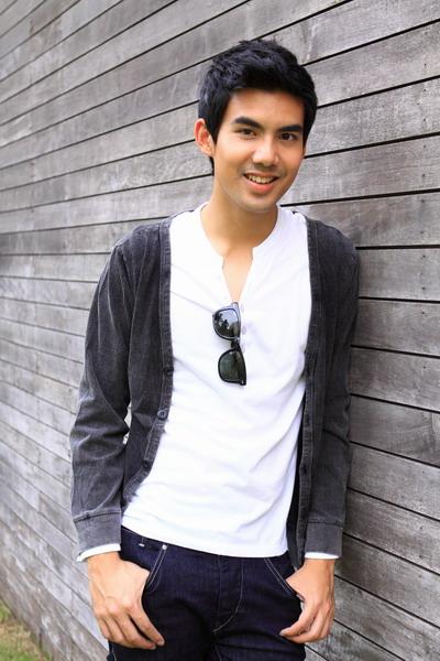 Tami's Blog: Aktor Thailand Terfavorit & Terganteng versi