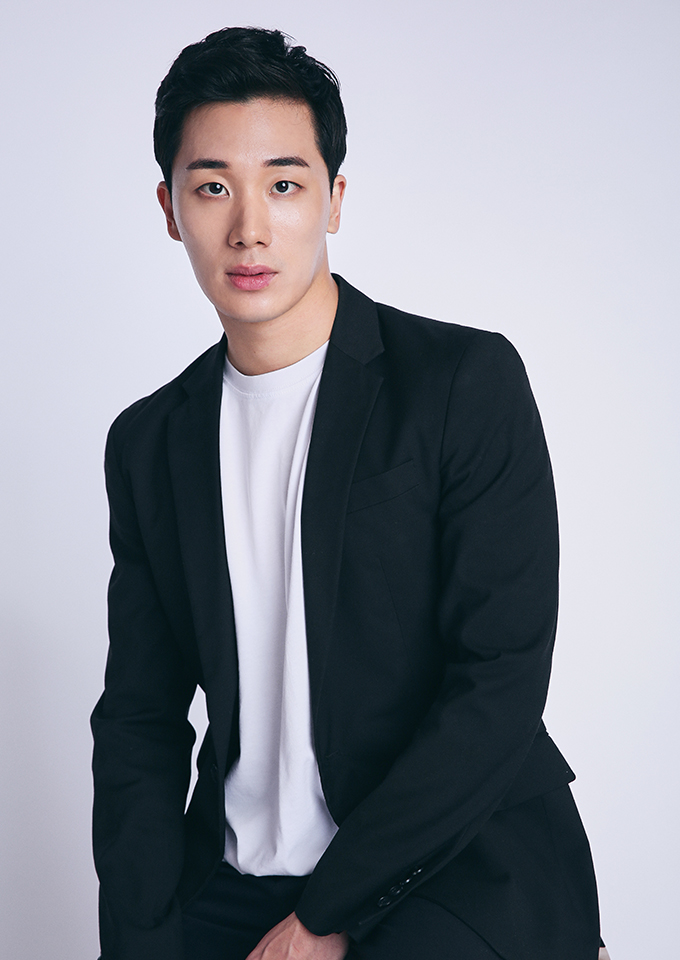 Lee Seo-Jun-1991-p1.jpg