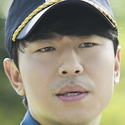 Reunited Worlds-Lee Si-Un.jpg