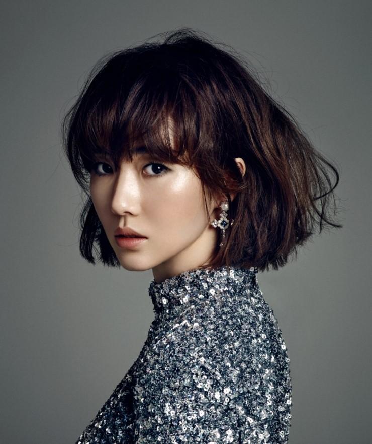 Jung-hyun Lee Nude Photos 12
