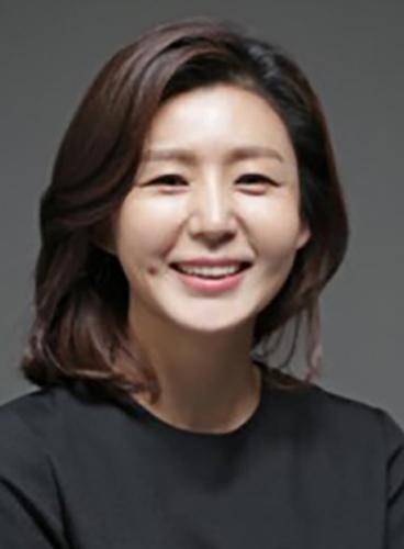 Lee Kan-Hee - AsianWiki