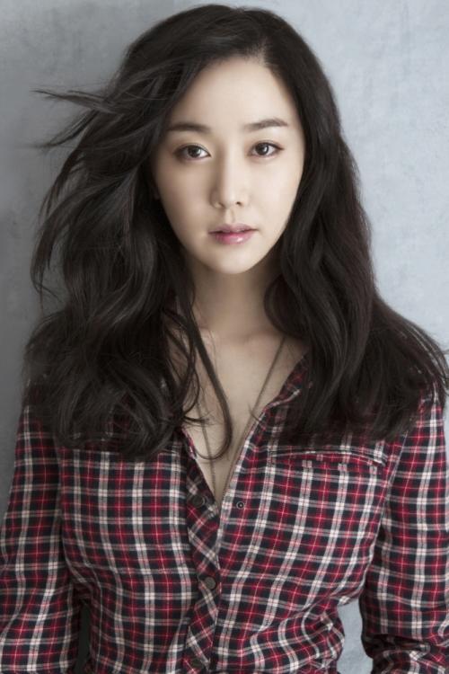 Kim Min-Seo - AsianWiki