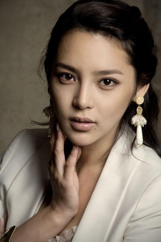 Park Si-yeon Nude Photos 50