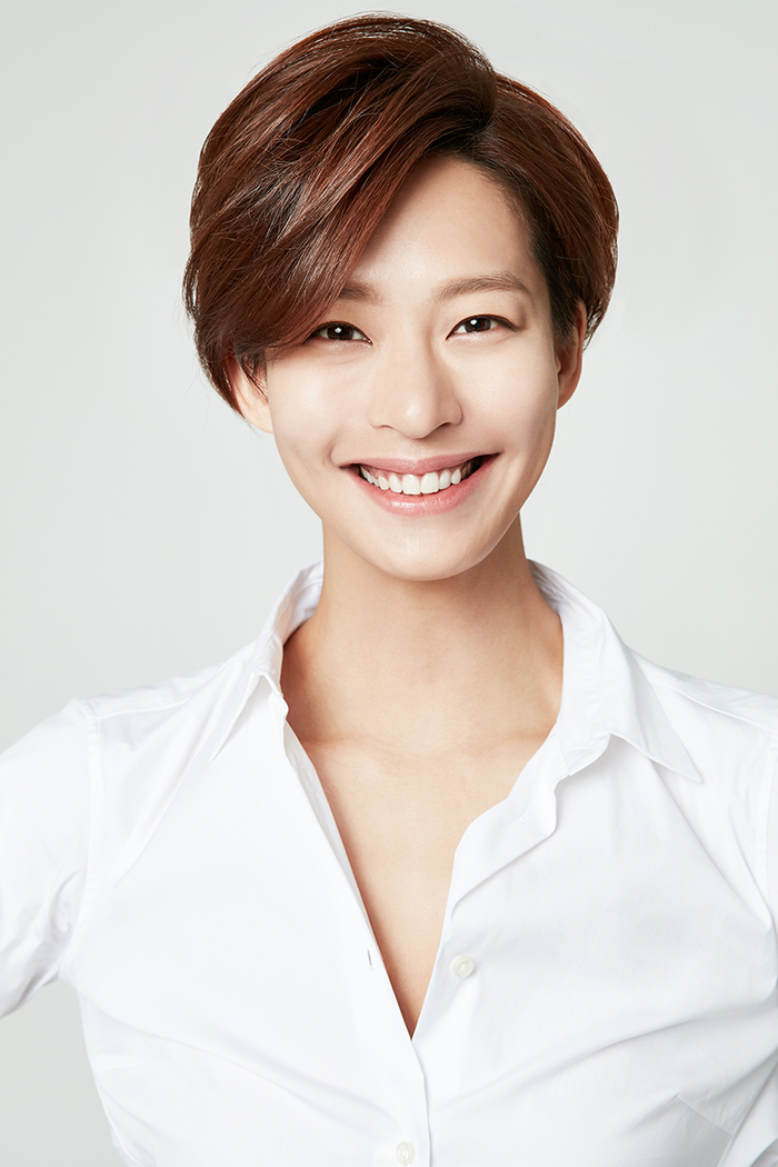 Jung Ae-Youn - AsianWiki