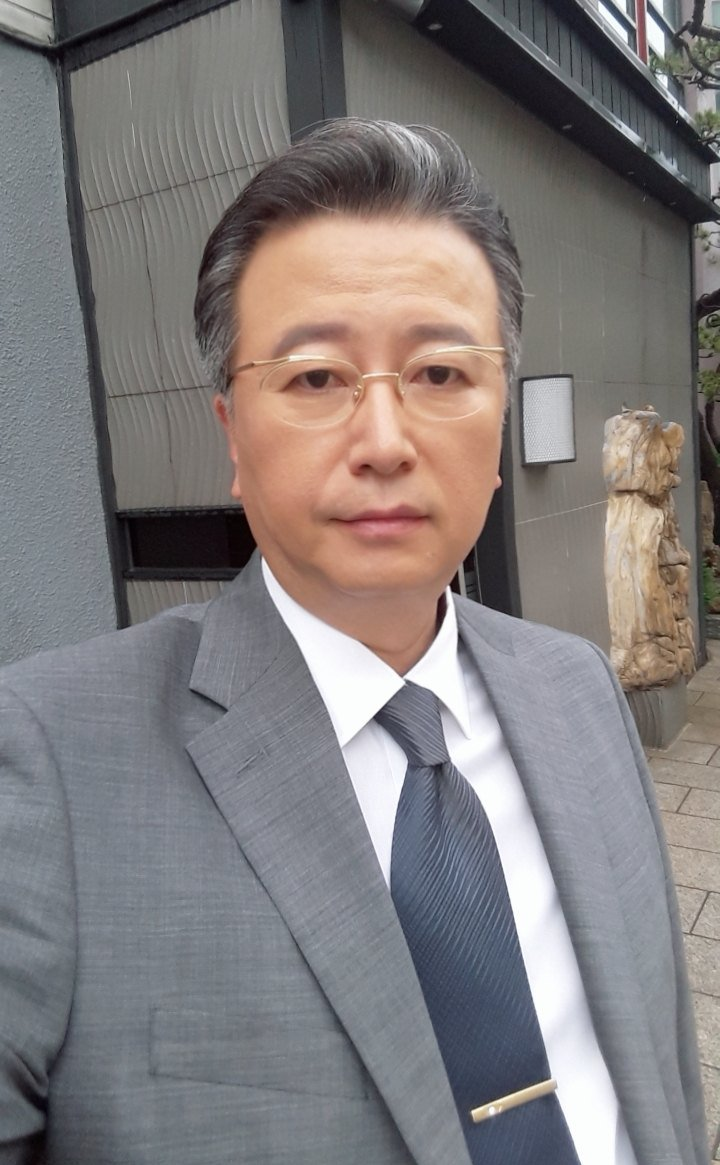 Lee Yoon-Sang-actor-p1.jpg