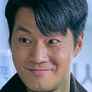 Law School-Lee Chun-Hee.jpg