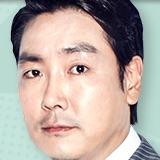 Entourage (Korean Drama)-Cho Jin-Woong.jpg