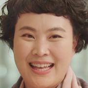 Individualist Ms. Ji-Young-Kim Jae-Hwa.jpg