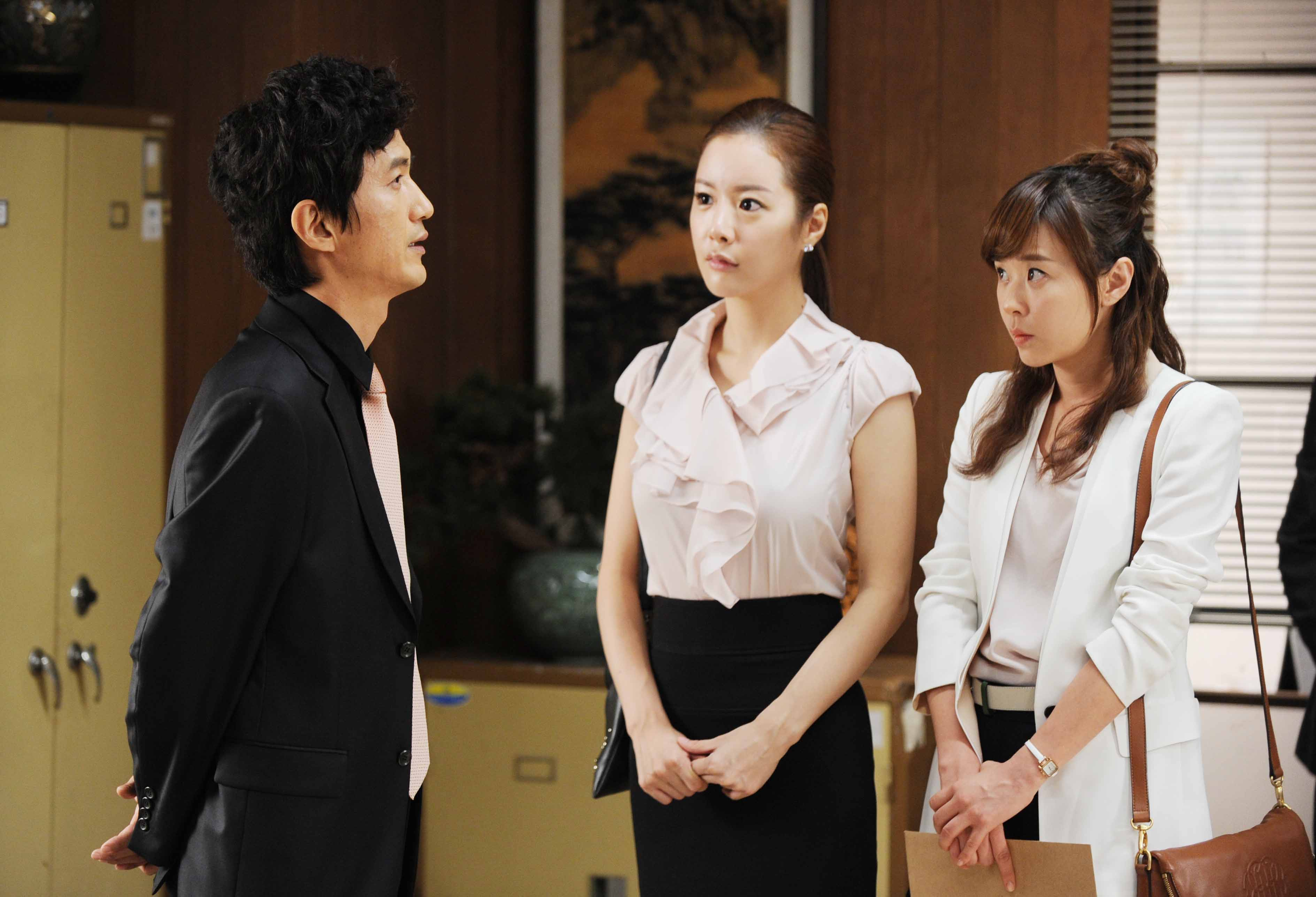 Protect The Boss-25.jpg