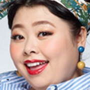 Kanna-san-Naomi Watanabe.jpg