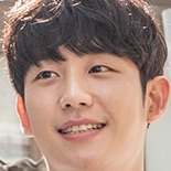 Tune in For Love-Jung Hae In.jpg