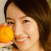 Fruits Takuhaibin-Eri Tokunaga.jpg