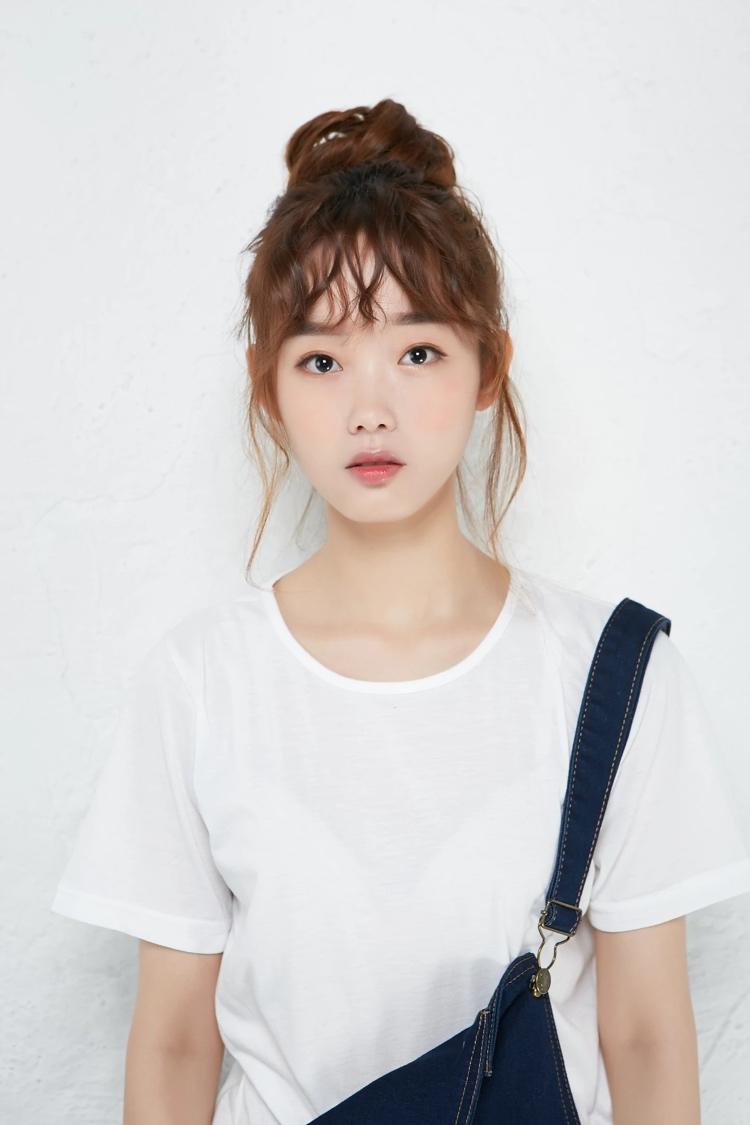 Lee Yoo-Mi - AsianWiki