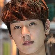 Oh My Ghost-Kwak Si-Yang.jpg