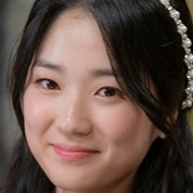 SKY Castle-Kim Hye-Yoon.jpg