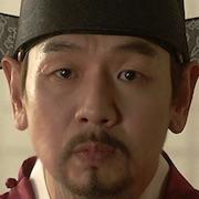 Mr. Queen-Kim Tae-Woo.jpg