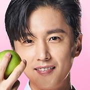 Dae Jang-Geum Is Watching-Shin Dong-Wook.jpg