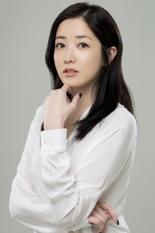 choi jung won singer wife