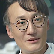Hospital Playlist-KD-Jung Jae-Sung.jpg