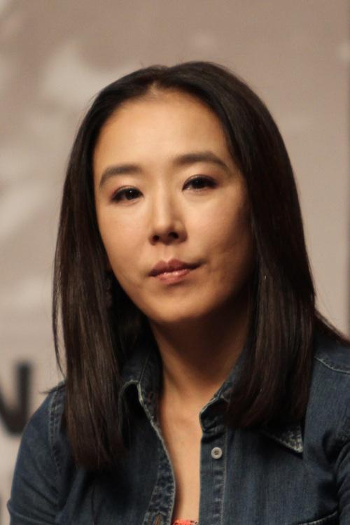 Jung-E Film Korea (Netflix 2022) : Sinopsis dan Review