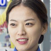Cart-Chun Woo-Hee.jpg