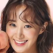 Dae Jang-Geum Is Watching-Kwon Yuri.jpg